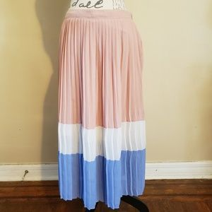 Miami Pleated Maxi SKirt